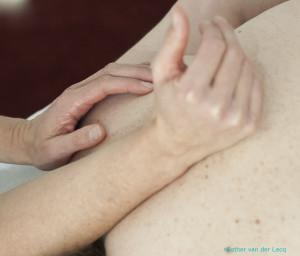Therapeutisch_diepe_weefsel_In_de_warme_hand_text_kl